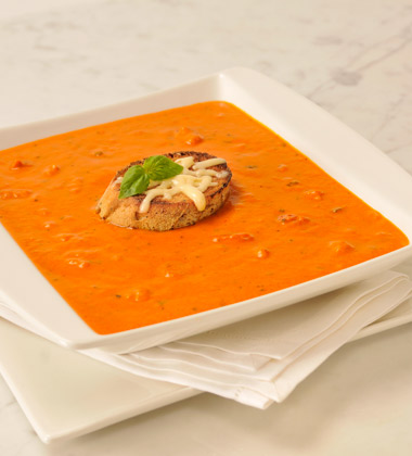 VERVE® Tomato Roasted Red Pepper Bisque with Gouda