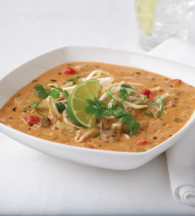 CAMPBELL'S® RESERVE WICKED THAI STYLE CHICKEN & RICE SOUP