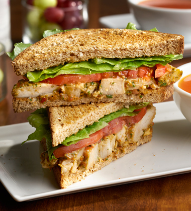 TOMATO PESTO CHICKEN SANDWICH