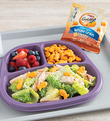 SCHOOL OF GREENS MADE WITH GOLDFISH® MADE WITH WHOLE GRAIN CHEDDAR