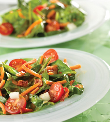HOT 'N' SPICY SPINACH SALAD