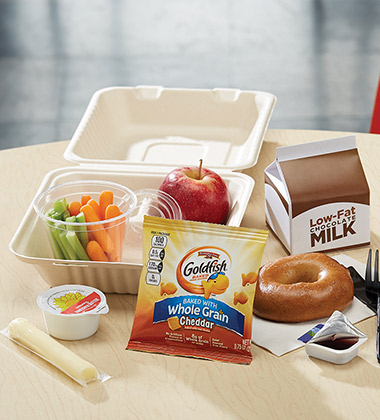 SUNBUTTER & JELLY BISTRO LUNCH BOX WITH GOLDFISH MADE WITH WHOLE GRAIN CHEDDAR