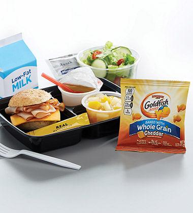TURKEY & CHEESE SLIDER BISTRO LUNCH BOX WITH GOLDFISH MADE WITH WHOLE GRAIN CHEDDAR