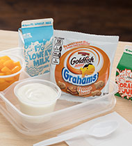 JUST PEACHY FRENCH TOAST PARFAIT GOLDFISH® GRAHAMS BAKED WITH WHOLE GRAIN FRENCH TOAST