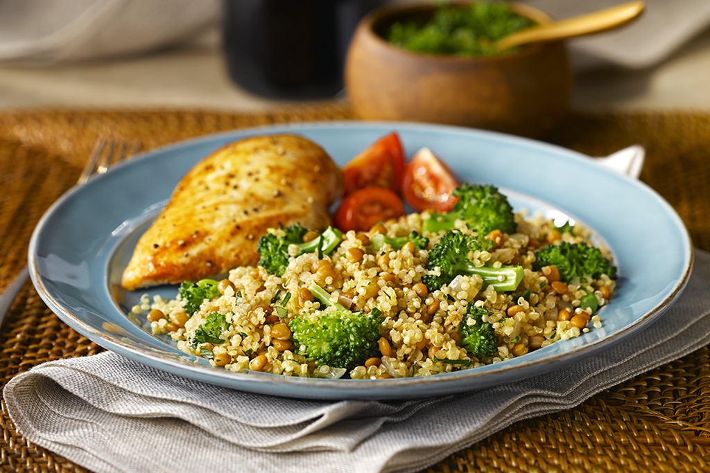 Quinoa and Lentil Salad with Broccoli (Low Sodium)
