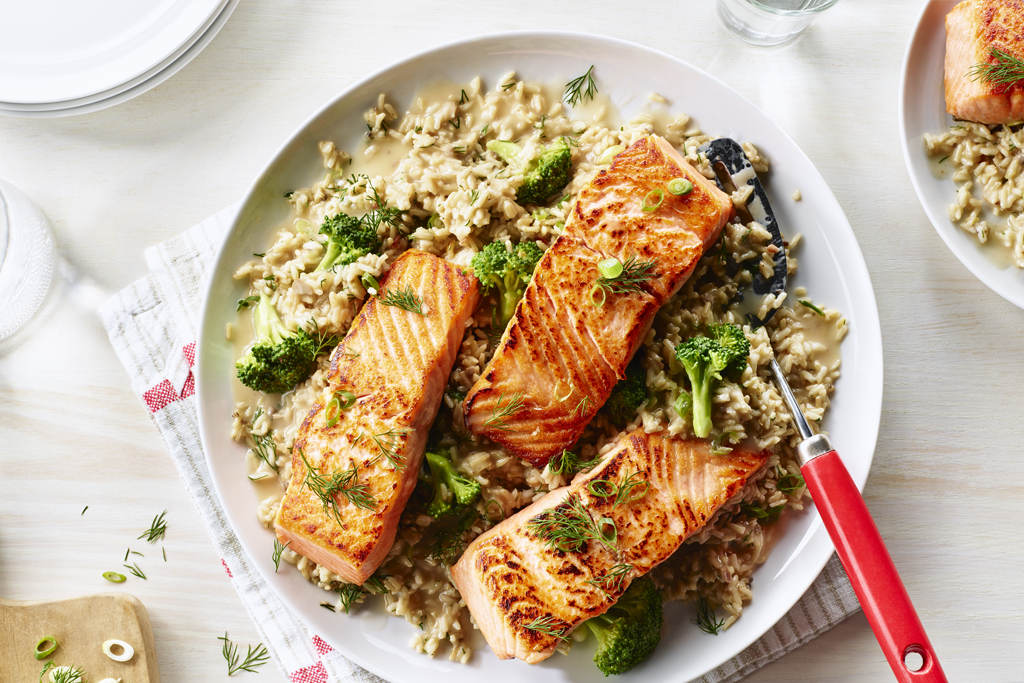 Salmon with Quick Veggie Rice