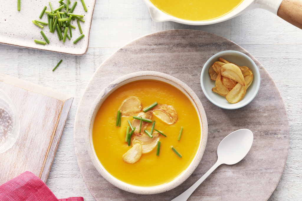 Butternut Squash and Roasted Garlic Bisque