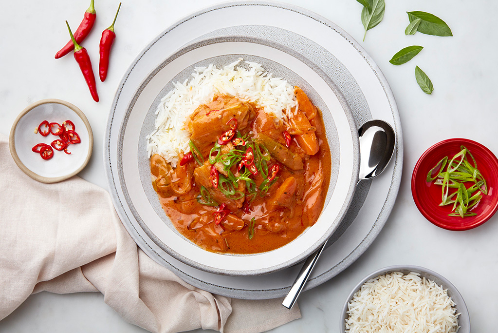 Tomato Basil Red Thai Chicken Curry