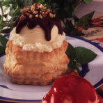 Chocolate Sundaes in a Shell