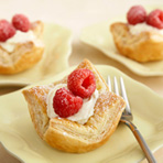 Mini Puff Cheesecakes