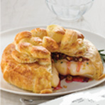 Dried Cherries, Pecans & Rosemary Brie en Croute