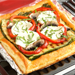 Grilled Veggie Puff Pizza