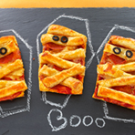 Mummy Pizza Puffs