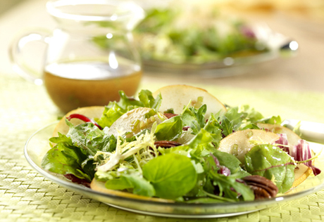 Mixed Field Greens, Asian Pears & Pecans Salad