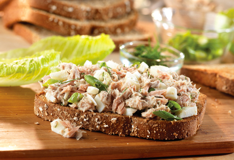 Dilled tuna egg sandwiches for Tuna and egg sandwich