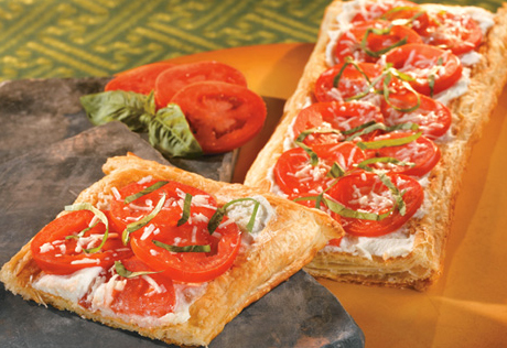Tomato Herb White Pizza