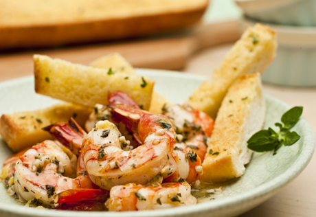 Shrimp Scampi with Garlic Bread