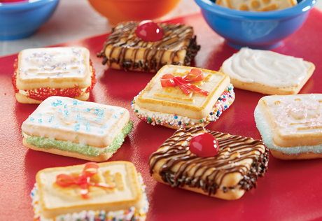 Chessmen® Sandwich Cookies