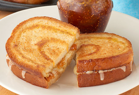 Gruyère Grilled Cheese on Asiago Bread