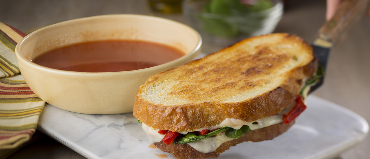 Grilled Mozzarella, Spinach & Red Pepper Sandwiches