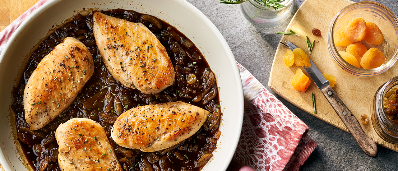 Rosemary Chicken with Fruit Sauce