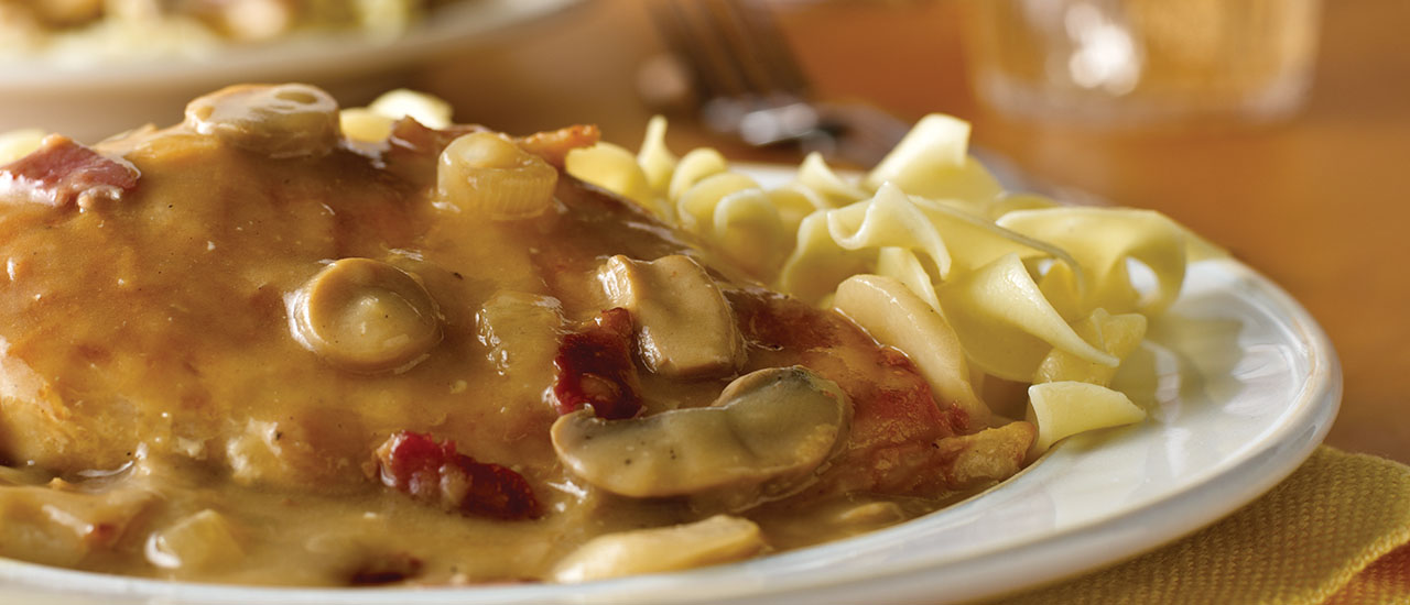 Chicken with Bacon in White Wine Sauce