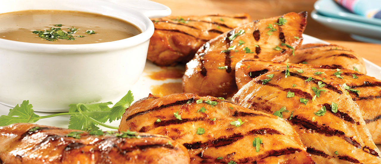 Grilled Chicken Breasts with Zesty Peanut Sauce