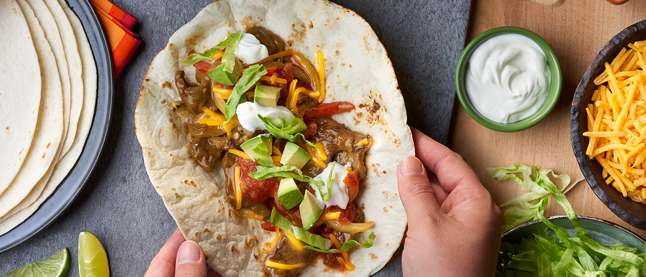 Cheesy Garlic Steak Fajitas
