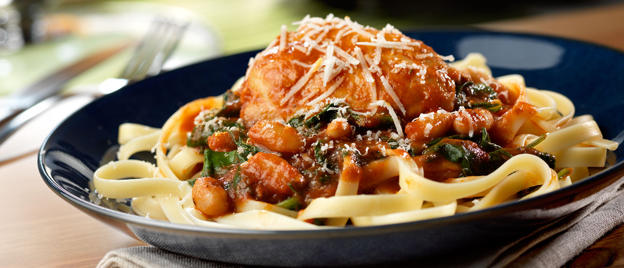 Slow Cooker Chickenwith White Beans & Spinach