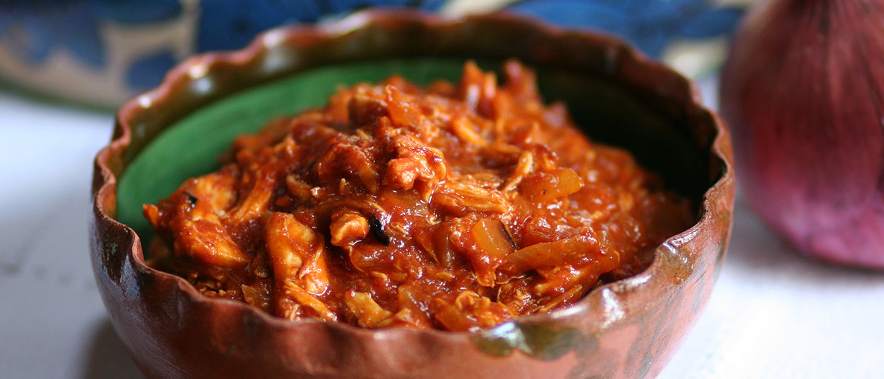 Tinga de Pollo (Oaxaca-Style Spicy Shredded Chicken Stew)