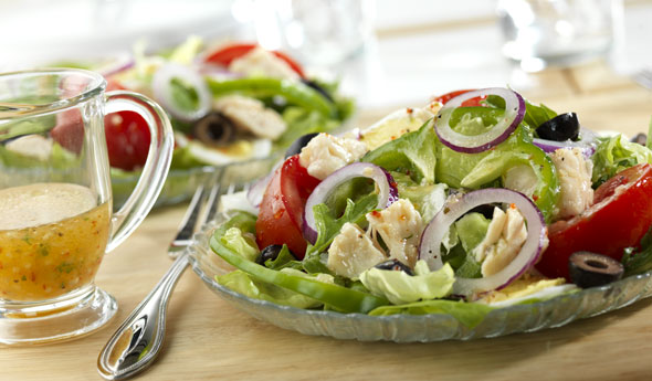 Garden Salad with Chicken, Egg and Olives