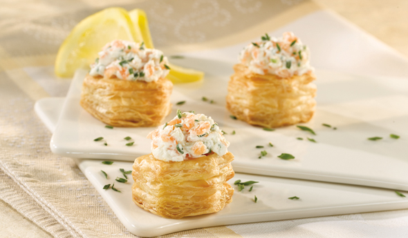 Spicy Smoked Salmon Cups