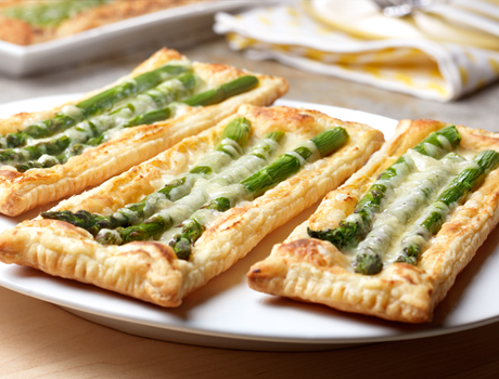 detail Spring Tart with Asparagus Recipe