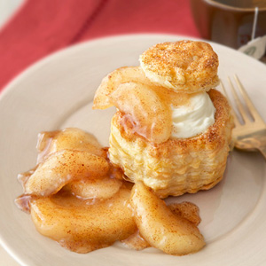 Cheesecake-Filled Apple Pie Shells